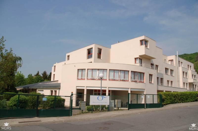 Maison de retraite triel sur seine maisons balcon mitula for Appartement maison de retraite