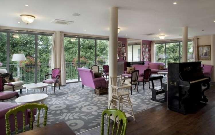 villa beausoleil cormeilles en parisis cormeilles en parisis 95. Black Bedroom Furniture Sets. Home Design Ideas